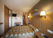 Hotel-La-Polar-habitacion